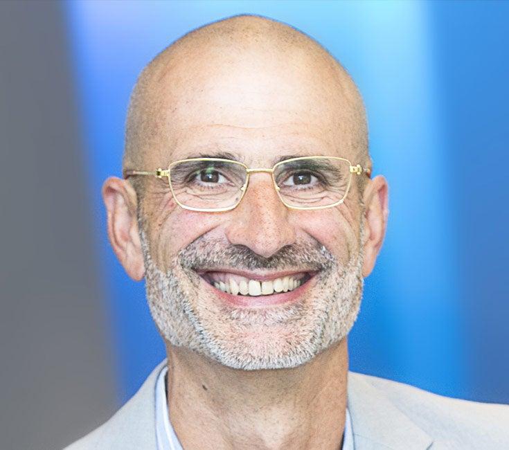 Headshot of Peter Neupert